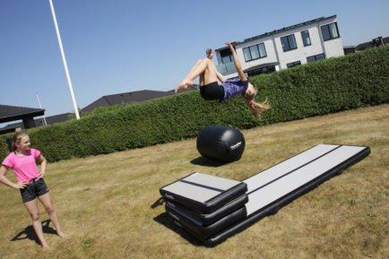 springboards-airtrack-backflip